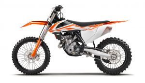 141631_ktm-350-sx-f-90de-left-my2017-studio