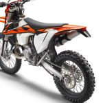 176116_KTM-250-EXC-TPI-EU-left-rear-MY-2018-studio-e1494915668160